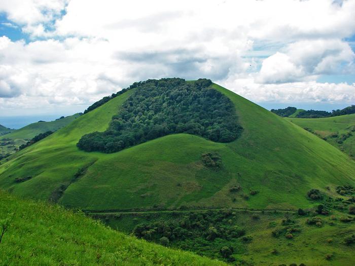 Chyulu-hills-cinder-cones